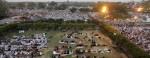 situasi-shalat-di-masjid-jama-new-delhi-27-maret-2011-_110407090425-940