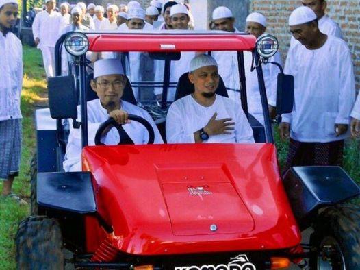 Kyai UzaironMeninggal Dunia - Kenangan bersama Arifin Ilham